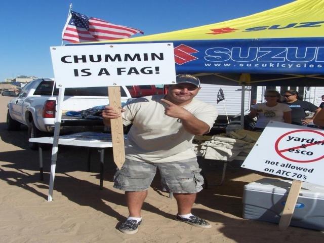 chummin is a fag sign.jpg